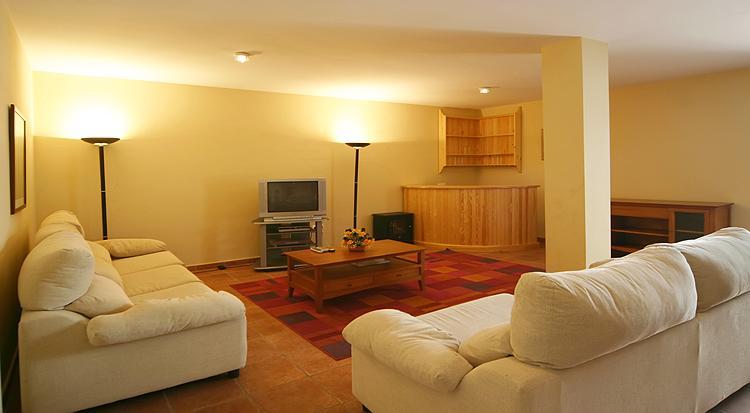 Living_room_2-0-39-v